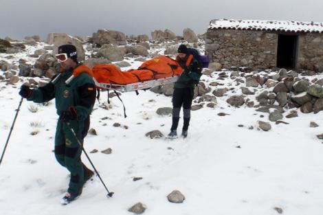 Camilla percha rescate en montaña